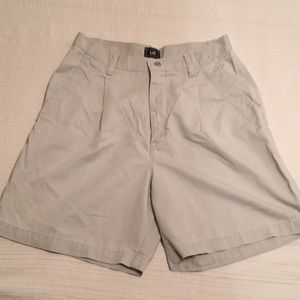 Lee Khaki Pleated Shorts Medium Size 10